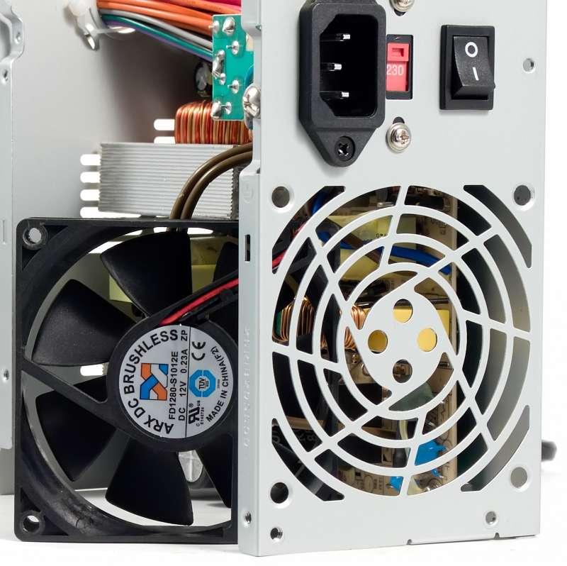 Схемы старых транзисторный усилитель Бп inwin powerman iw isp300a2 0 сгорел после включения переключателя 220 gt 115в...