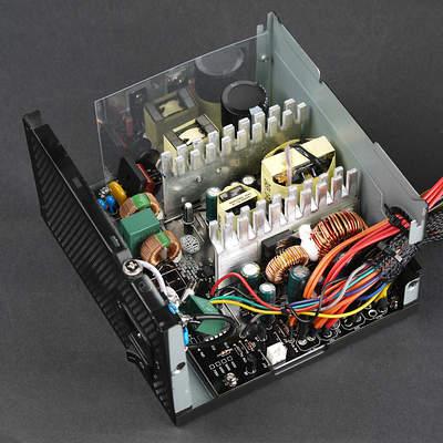 Вид платы блока питания Cooler Master MasterWatt Lite 230V 500W