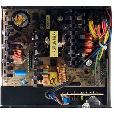 Принципиальная электрическая схема трёхфазного трансформатора.