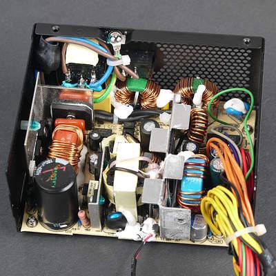 Вид платы блока питания Fractal Design Integra SFX 450W (FSP450-60GHS(85))