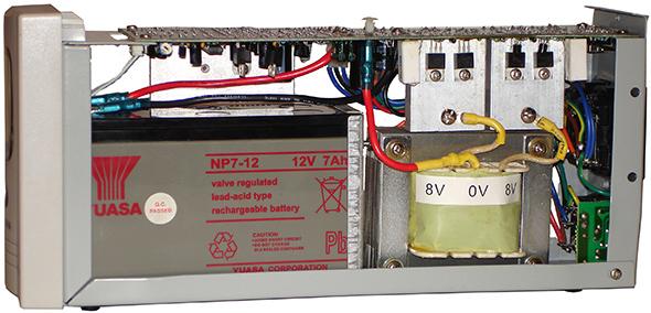В ИБП применяется батарея