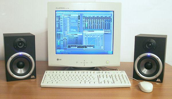 Мониторы M-Audio Studiophile