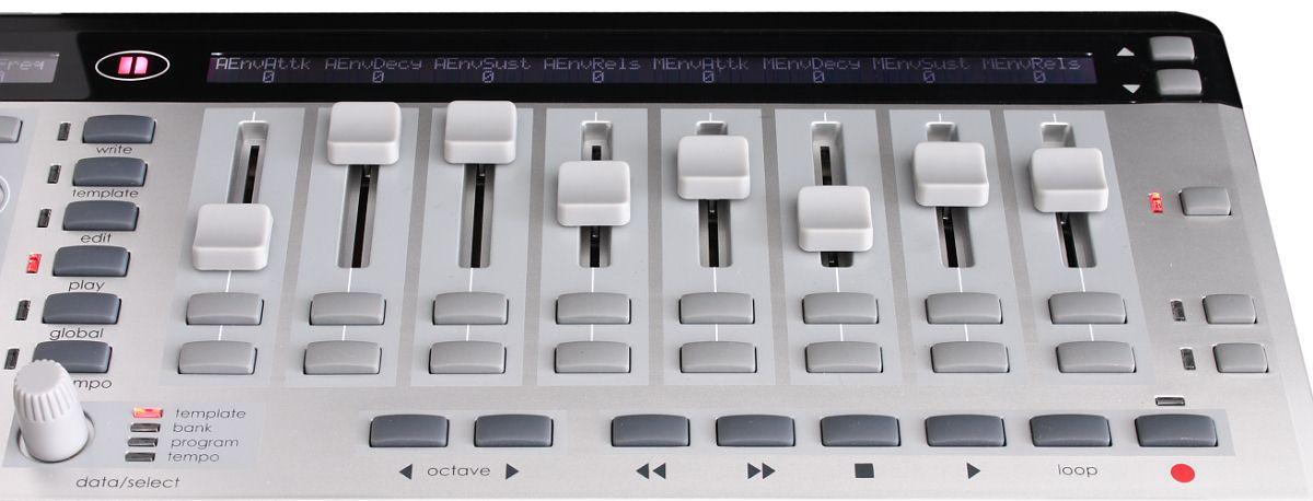 MIDI-клавиатура Novation 25 SL MkII