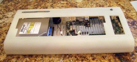 Новости от Commodore USA