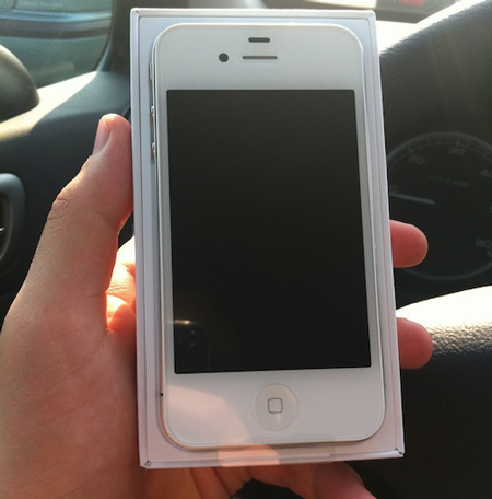 iPhone 4 белого цвета