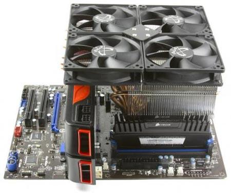 Процессорный охладитель Scythe Susanoo установлен на процессор