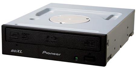Оптический привод Pioneer BDR-207JBK записывает диски BDXL объемом 128 ГБ со скоростью 6x