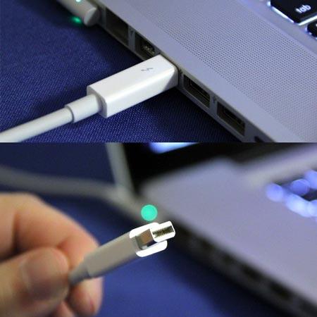 В Thunderbolt может использоваться электрический или оптоволоконный кабель