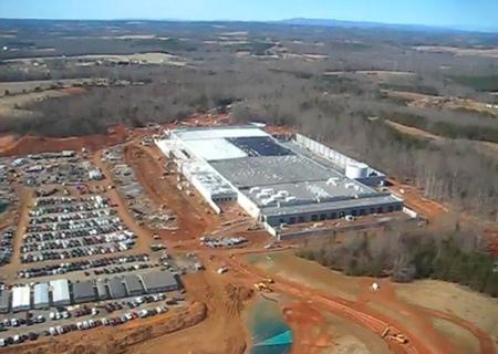 Новый центр обработки данных (ЦОД), построенный Apple в штате Северная Каролина (США)