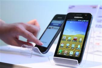 смартфоны Samsung с экранами AMOLED