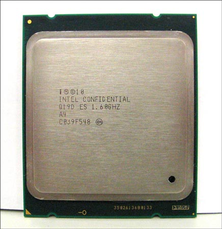 процессор Intel Sandy Bridge-E