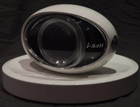 прототип камеры Nikon в форме глазного яблока