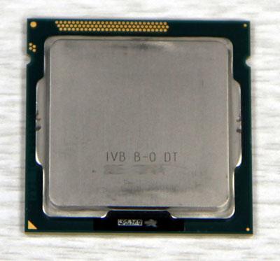 Изображение инженерного образца процессора Intel Ivy Bridge