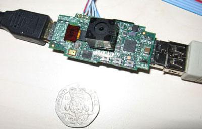 Работающий прототип 25-долларового компьютера Raspberry Pi