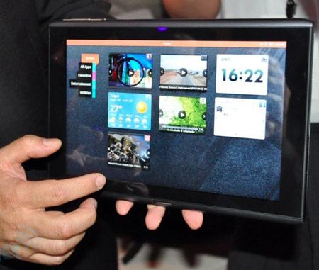 Назван срок начала продаж планшета Acer Iconia M500 с ОС MeeGo