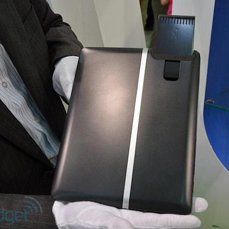 ICE Computer показала концептуальный модульный планшет Trinity