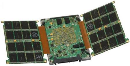 SanDisk оснащает твердотельные накопители Lightning интерфейсом SAS 6 Гбит/с