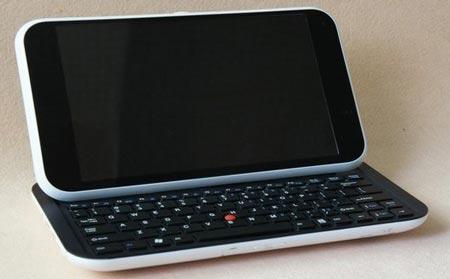 Китайский 10-дюймовый планшет с выдвижной клавиатурой