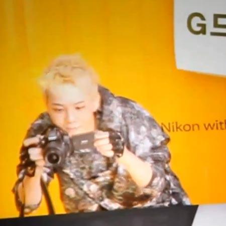Кадр из ролика про камеры Nikon