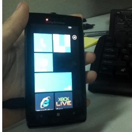 Прототип смартфона Sony Ericsson с ОС Windows Phone 7