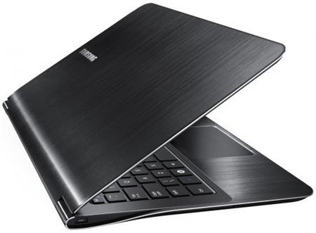 Толщина ультратонких ноутбуков Samsung 9-й серии примерно равна 16 мм