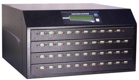 Устройство Kanguru USB Duplicator может создавать до 43 копий USB-накопителя одновременно