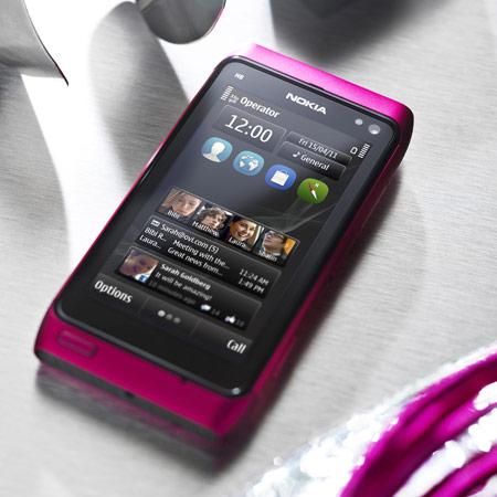 Представлен розовый смартфон Nokia N8 с ОС Symbian Anna