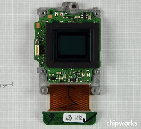 ������ ����������� ������������� ������ Nikon V1 ������������ Aptina