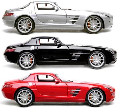 Flash Rods скрещивает внешний жесткий диск и масштабную модель автомобиля Mercedes SLS