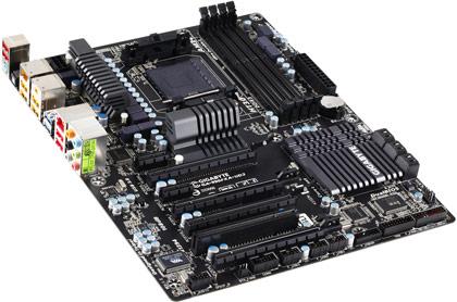 плата Gigabyte 990FXA-UD3 1.2 с процессорным гнездом AM3+