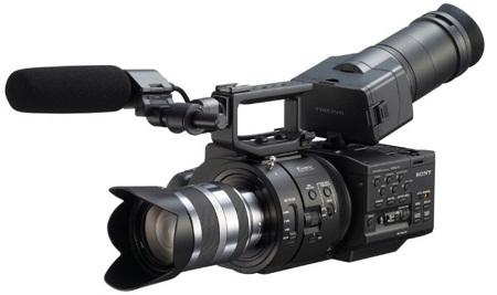 NEX-FS700 умеет записывать видео в 4К