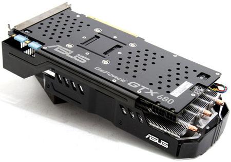 ASUS анонсирует 3D-карту с заводским разгоном GeForce GTX 680 DirectCU II TOP