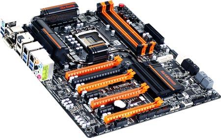 Системная плата GIGABYTE Z77X-UP7 с 37-фазным питанием и четырьмя слотами PCI-Express 3.0 представлена официально