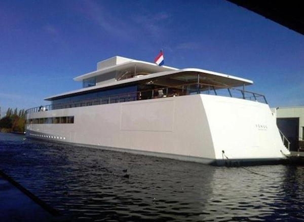 Яхта «Венера», построенная по заказу Стива Джобса, освобождена из-под ареста