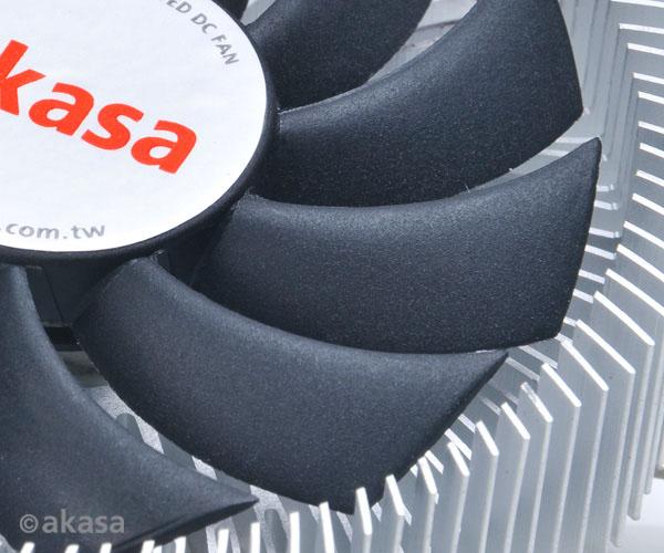 Высота процессорных охладителей Akasa AK-CC7122EP01 и AK-CC7122BP01 — 26 мм