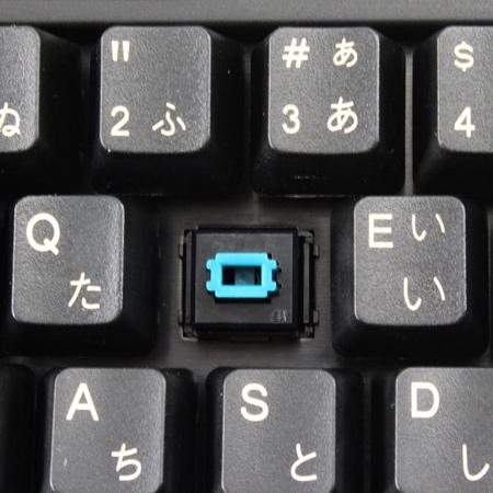 Механическая клавиатура Donya N-YKB-F2139L комплектуется сменными обрезиненными игровыми клавишами