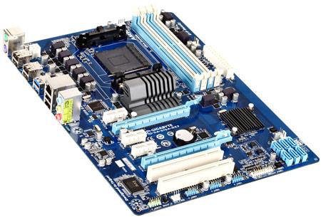 Основой платы Gigabyte 970A-DS3 послужил набор AMD 970 + SB950