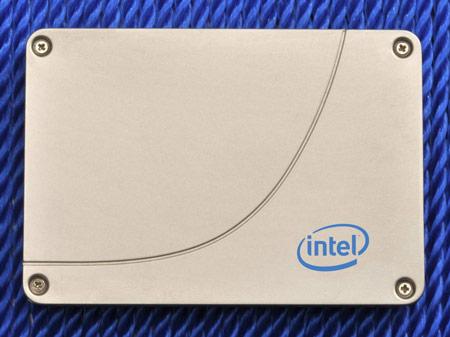 Представлены твердотельные накопители Intel SSD 520 с интерфейсом SATA 6 Гбит/с