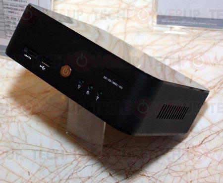 CES 2012: габариты barebone-системы на платформе AMD, показанной TUL, равны 165 x 165 x 55 мм