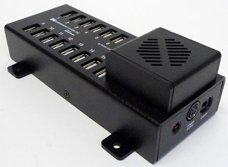 Power Pad 16 может одновременно заряжать до 16 устройств Apple, рассчитанных на зарядку от порта USB