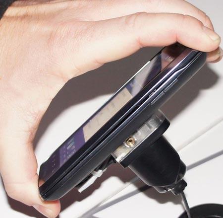 CES 2012: Motorola ������������� ��������� Droid RAZR Maxx � Droid 4 LTE
