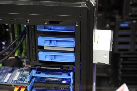 Корпуса Enermax ECA3260 и ECA3270