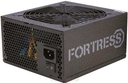 Серия блоков питания Rosewill Fortress включает модели мощностью от 450 до 750 Вт
