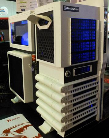 ThermalTake показала мышь с вентилятором и другие новинки для любителей игр
