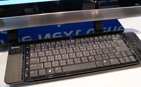 Intel добавляет в беспроводную клавиатуру возможность бесконтактной зарядки аккумулятора