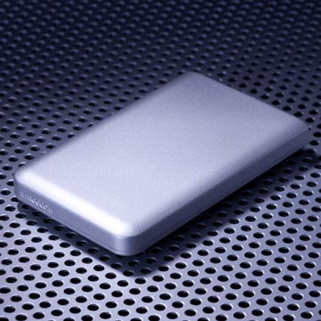 Корпус накопителя Freecom Mobile Drive Mg изготовлен из магниевого сплава