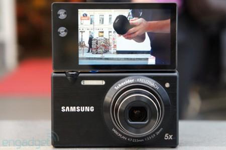 Компактная камера Samsung