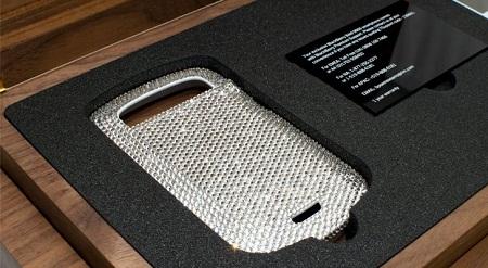 RIM предлагает ограниченный тираж смартфонов BlackBerry Bold