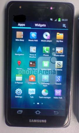 Смартфон Samsung Galaxy S III (GT-i9300)