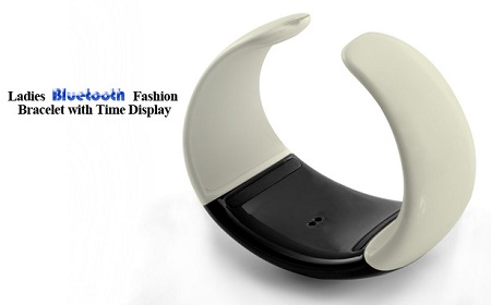Ladies Bluetooth Fashion Bracelet with Time Display